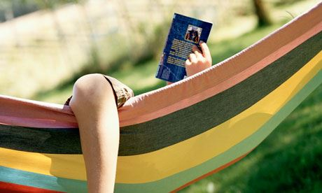 reading-in-a-hammock-0082